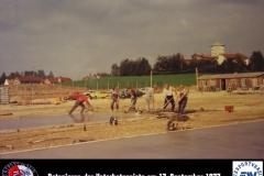 06 Betonieren der Unterbetonpiste