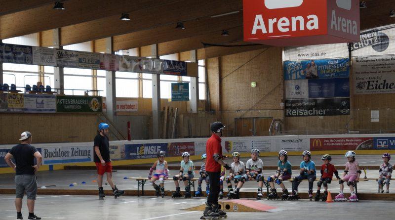 Roller-Kids-Woche im Buchloer Eisstadion