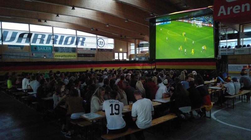ESV veranstaltet wieder Public Viewing im Eisstadion