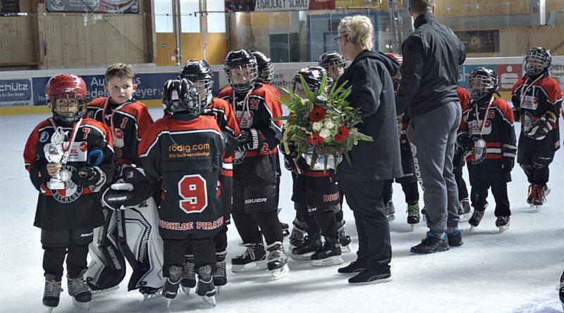Buchloer Eishockey Nachwuchs ist heiß auf Eis