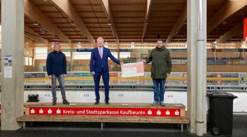 Bernhard Pohl spendet an den ESV Buchloe